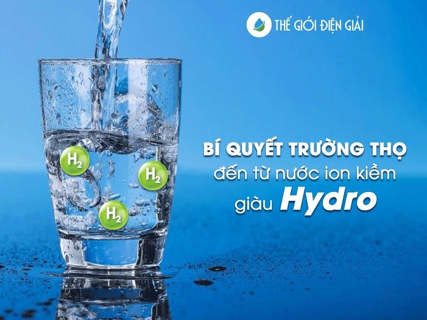 Nước ion kiềm giàu Hydro là loại nước uống tốt nhất