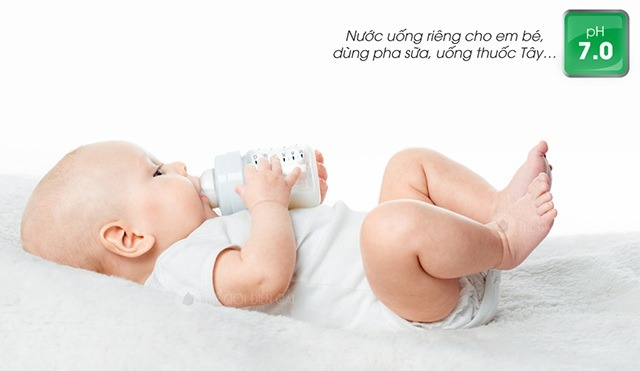 Nước trung tính để pha sữa và uống thuốc tây