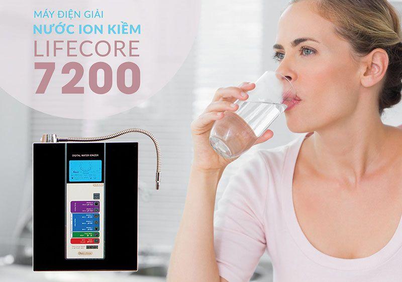 máy lọc nước ion kiềm lifecore 7200 giá bao nhiêu có tốt không