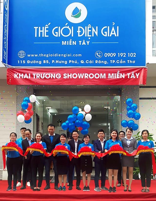 Showroom tọa lạc tại 115 Đường B5, phường Hưng Phú, quận Cái Răng, TP Cần Thơ