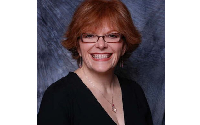 Bác sĩ Peggy Parker là học trò xuất sắc của Tiến sĩ Thomas Rau