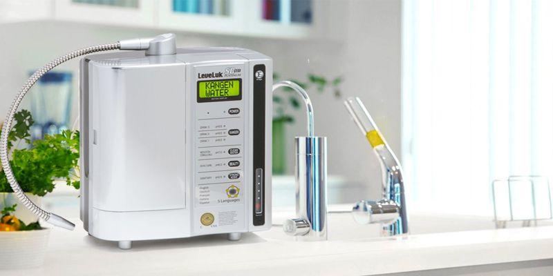 Máy lọc nước ion kiềm kangen phù hợp với gia đình quan tâm đến nước uống tốt cũng như hướng đến sự sang trọng bậc nhất