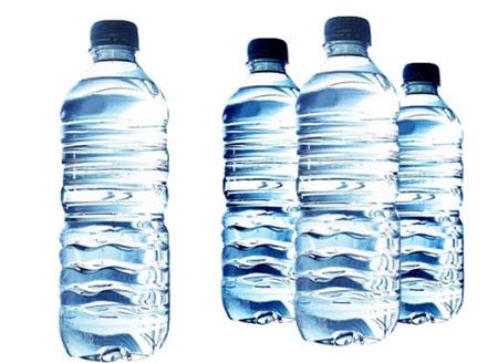 có nên uống nước ion kiềm đóng chai không