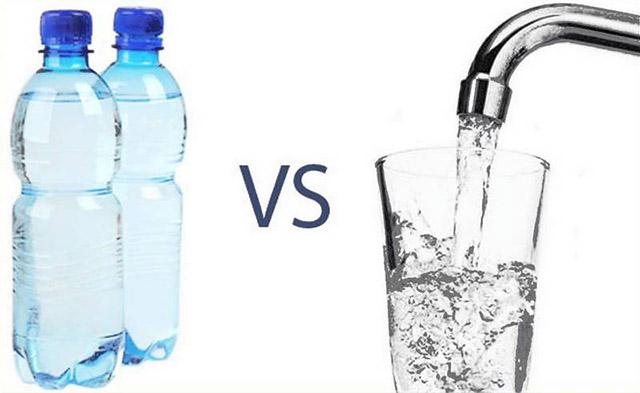 Nước Kangen đóng chai có tốt không? So sánh với nước Kangen trực tiếp tại vòi