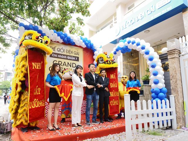 Thế Giới Điện Giải chính thức khai trương showroom mới Quận 7, đây là chi nhánh thứ 3 ra mắt trong năm nay.