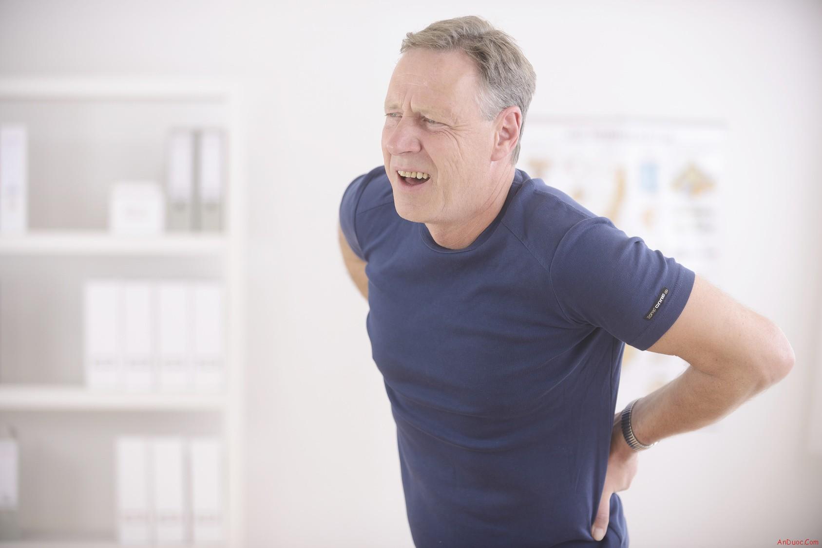 người già dễ mắc bệnh suy nhược cơ thể