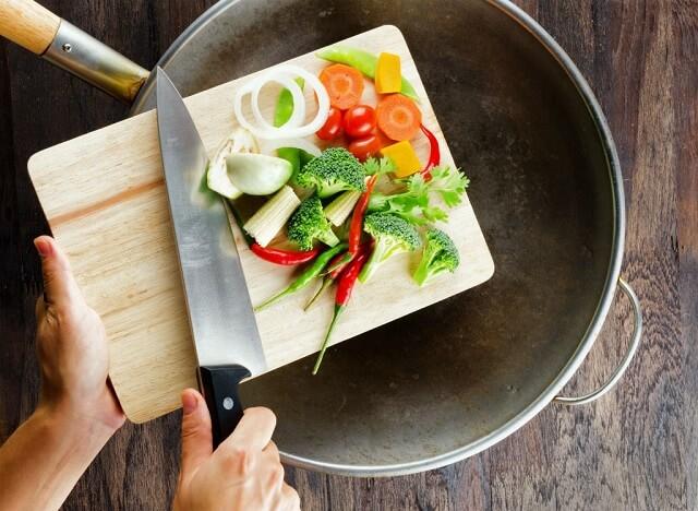 Cách rửa rau sạch trứng giun sán hiệu quả 2