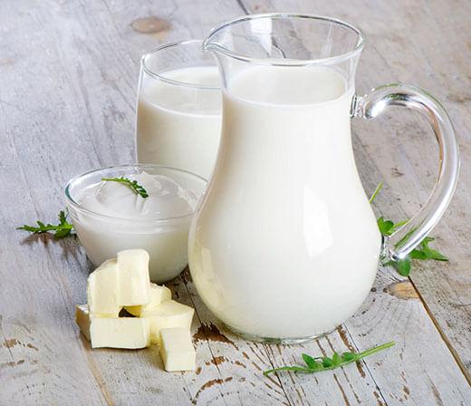 sữa tươi cũng là một thực phẩm chứa chứa nhiều chất điện giải