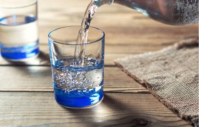 Nước điện giải ion kiềm chứa chất chống oxy hóa mạnh mẽ (vật chất Hydro) có thể giúp ngăn ngừa và hỗ trợ điều trị bệnh AD hiệu quả