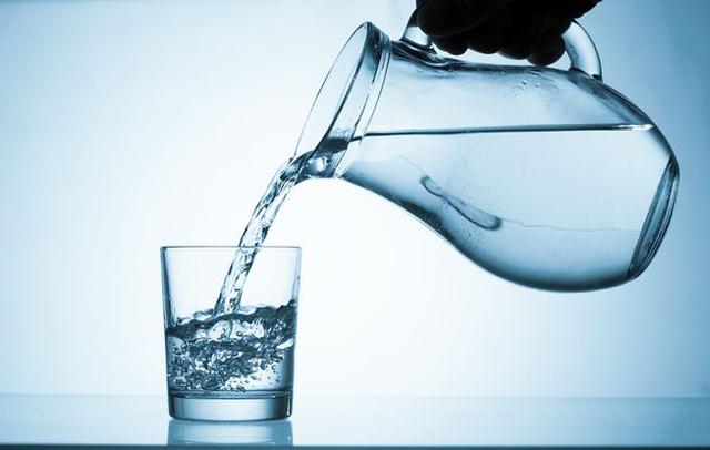Nước ion kiềm giúp nâng cao độ pH trong dạ dày