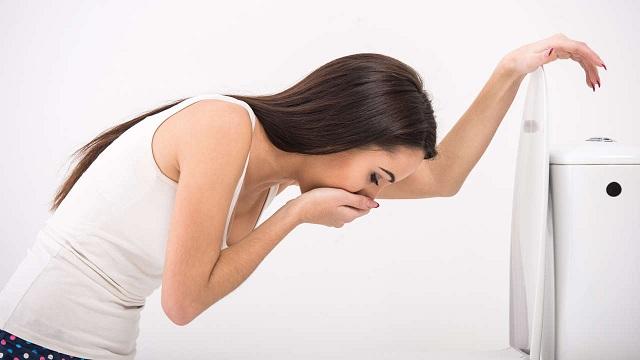 Uống nước ion kiềm có thể cải thiện chứng ốm nghén