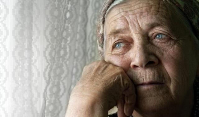Làm gì để nâng cao sức khỏe cho người cao tuổi?