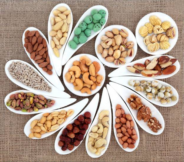 các loại hạt nên ăn để bổ máu