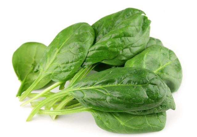 Cải bó xôi chứa nhiều vitamin và chất sắt rất tốt cho người bị bệnh tuyến tụy cấp tính