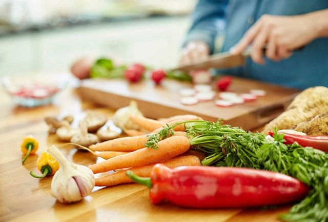 Ăn phải thực phẩm không an toàn có thể dẫn đến ngộ độc