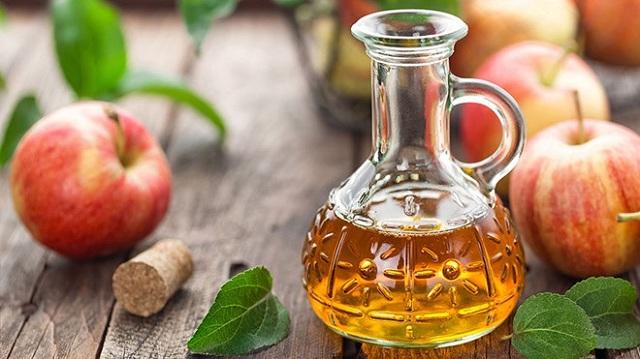 Giấm táo có nhiều công dụng tốt cho sức khỏe nếu dùng đúng cách