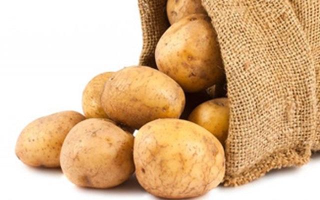 Khoai tây không chỉ cung cấp nhiều chất dinh dưỡng mà còn hỗ trợ làm đẹp