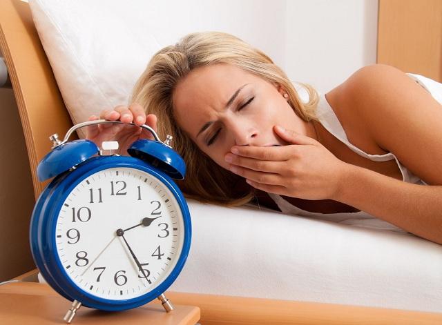 Ngủ không đủ giấc khiến bạn mệt mỏi và căng thẳng