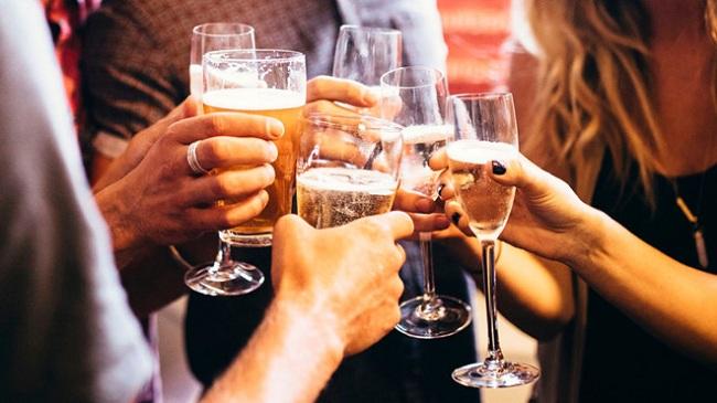 Nghiện rượu mãn tính cũng chính là tác nhân gây hạ magie trong máu