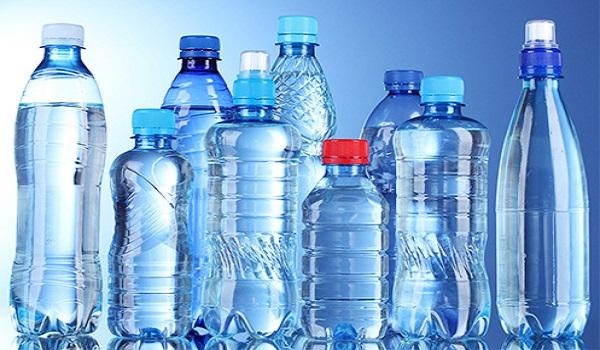 Không nên sử dụng nước uống đóng chai mỗi ngày nói chung và nước ion kiềm đóng chai nói riêng