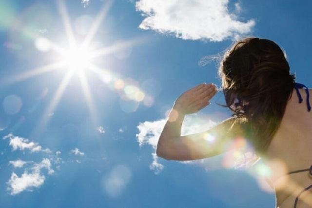Tiếp xúc thời gian dài dưới trời nắng có thể dẫn đến tình trạng nguy kịch