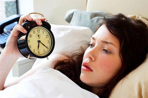 Mỗi liên hệ giữa đau dạ dày và mất ngủ