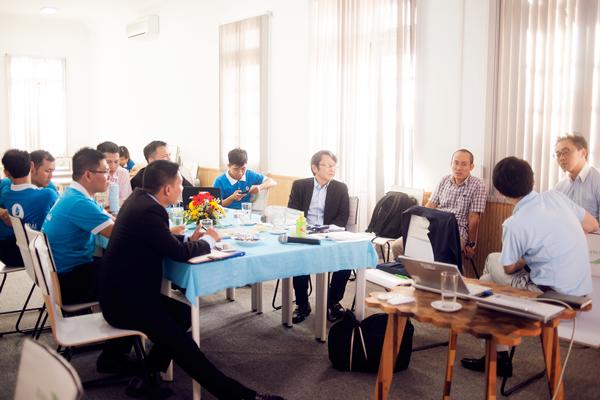 Đoàn kỹ sư Panasonic Nhật Bản và kỹ sư Thế Giới Điện Giải trao đổi, thống nhất phương pháp nâng cao chất lượng máy điện giải Panasonic