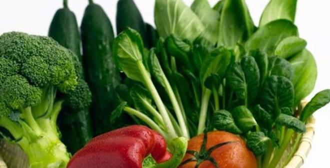 rau xanh có nhiều kiềm tự nhiên giúp cân bằng pH trong cơ thể