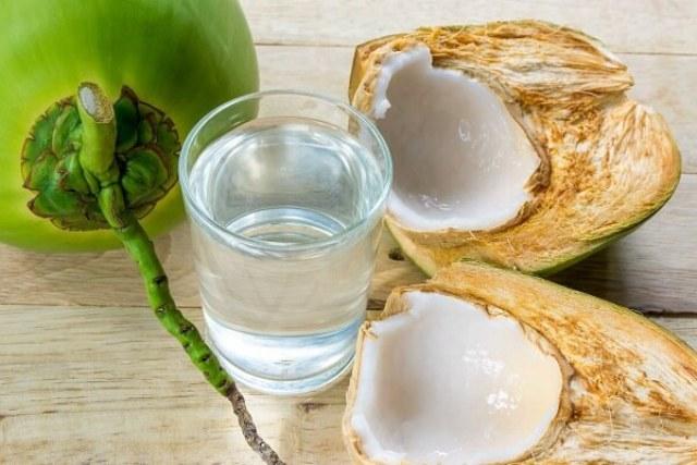 bài thuốc dân gian từ đu đủ và nước dừa